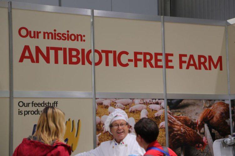 Ilman antibiootteja kasvatettua lihaa on jo Suomen markkinoilla ja lisää tulee